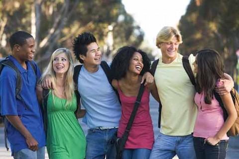 group-of-teens